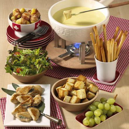 salat schweizer k se fondue rezept fondue rezept schweizer k se und schweizer. Black Bedroom Furniture Sets. Home Design Ideas