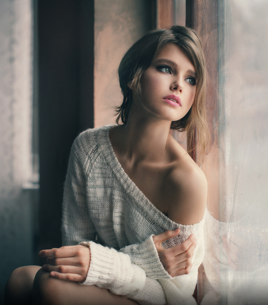 the girl at the window   null. myperfect10s   Natalia Mentugova Photography http   myperfect10s