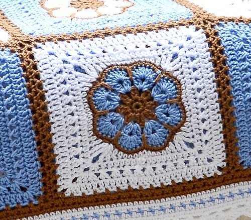 Ravelry: labullard\'s African Flower Afghan | Crochet Squares and ...