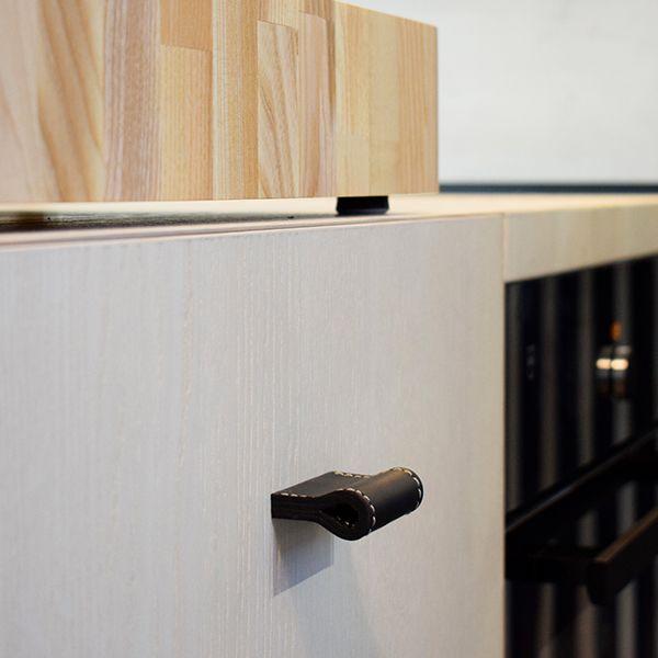 Küchenschrank Griffe aus Leder - Milano Prestige #lederschlaufe ...