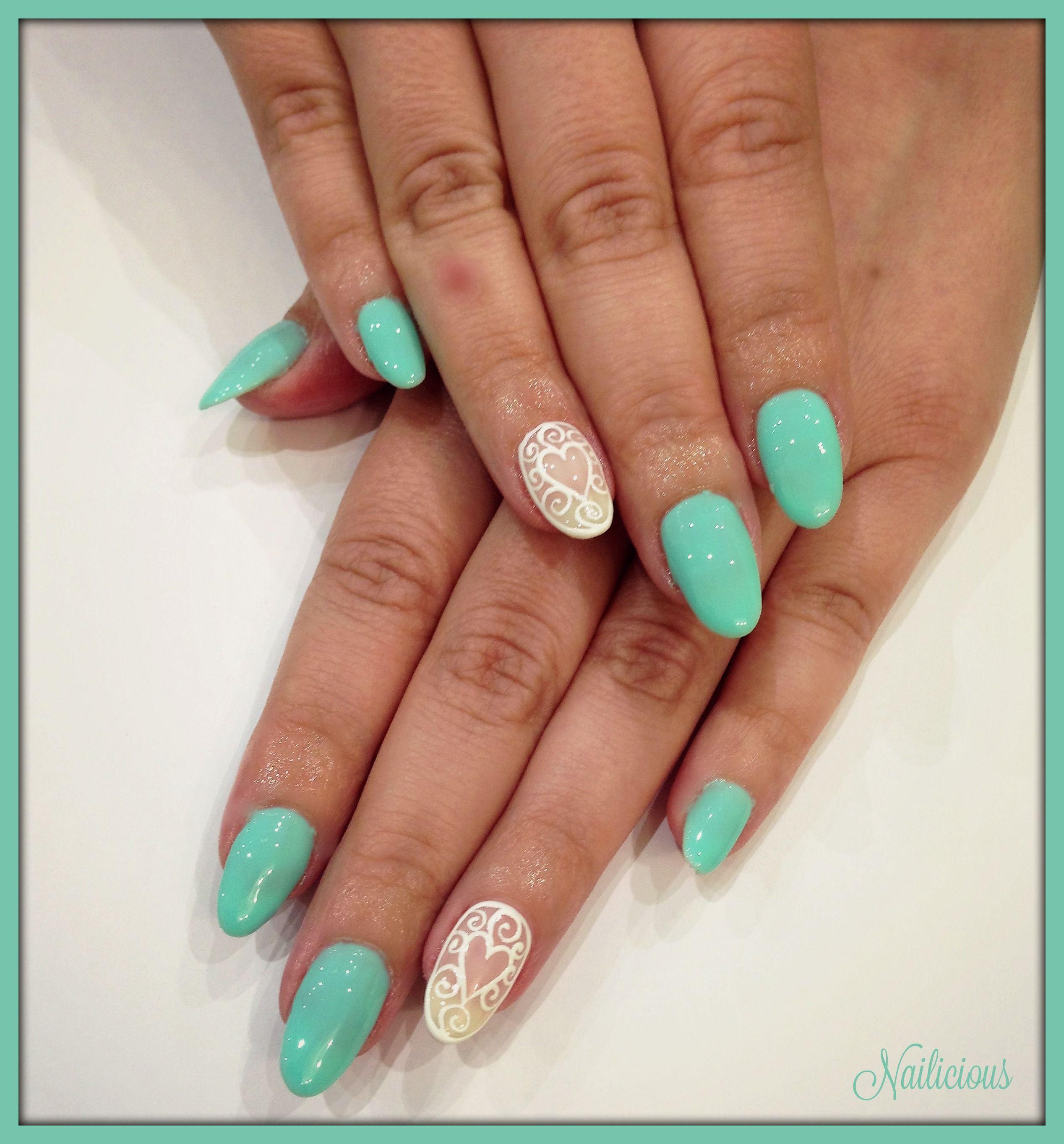Veraman With Baroque Nail Art Nailicious My Beauty Salon Pinterest