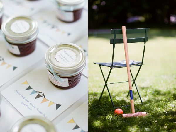 homemade jam wedding favors | a sweet little reminder of the day for guests to take home