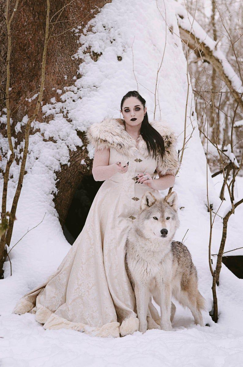 Viking Queen Wedding Dress Unique Faux Fur Trimmed Coat