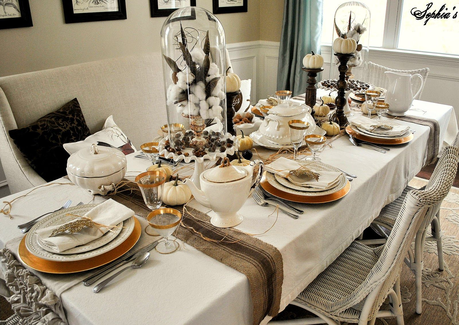 Thanksgiving Table Settings · An Elegant Thanksgiving Table Setting With  Rustic Touches #HolidayEntertaining