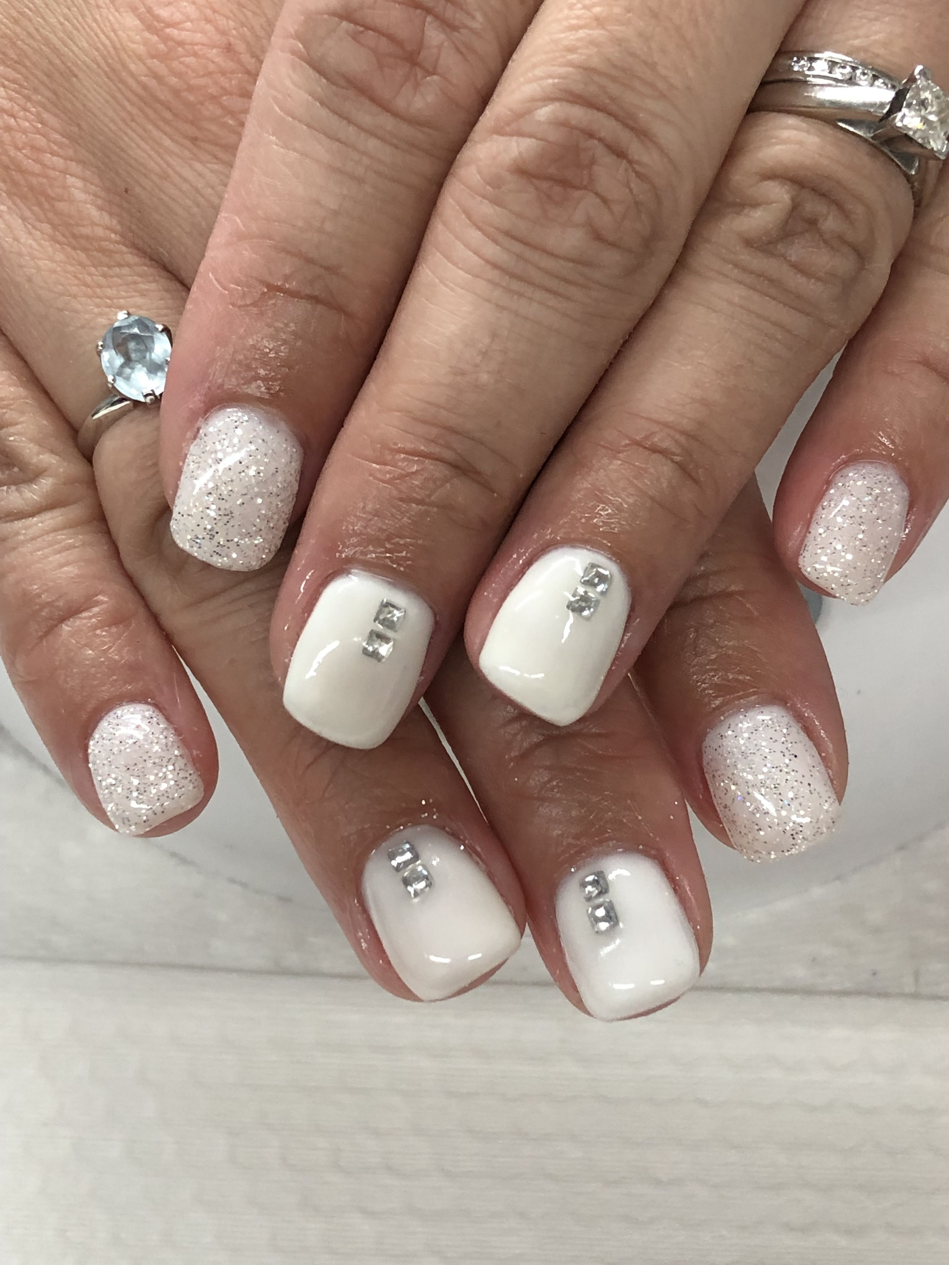 Off White Or Winter White Gel Nails White Gel Nails Gel Nail