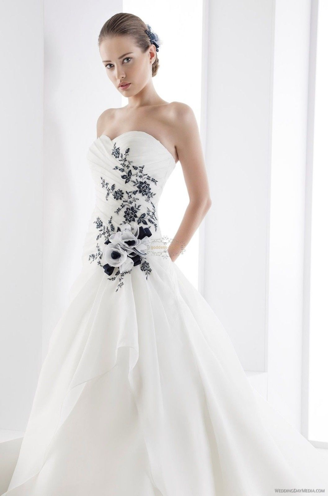 Black and White Wedding Dress | My Dream Wedding | Pinterest | White ...