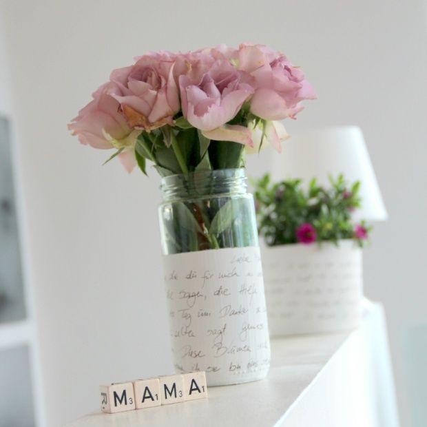 blumen und vase f r mama blumen pinterest tischdeko blumen geschenke selber machen und. Black Bedroom Furniture Sets. Home Design Ideas