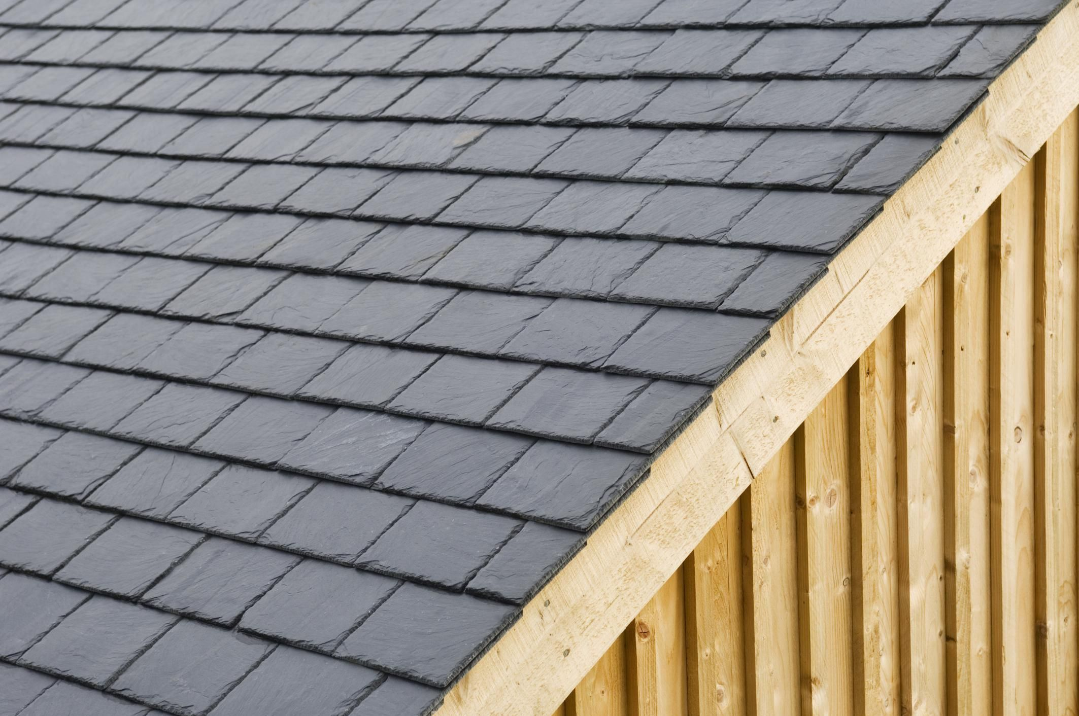 Here S Why Shingling With Slate Isn T A Stretch Of The Imagination Shed Roof Fibreglass Roof Modern Roofing