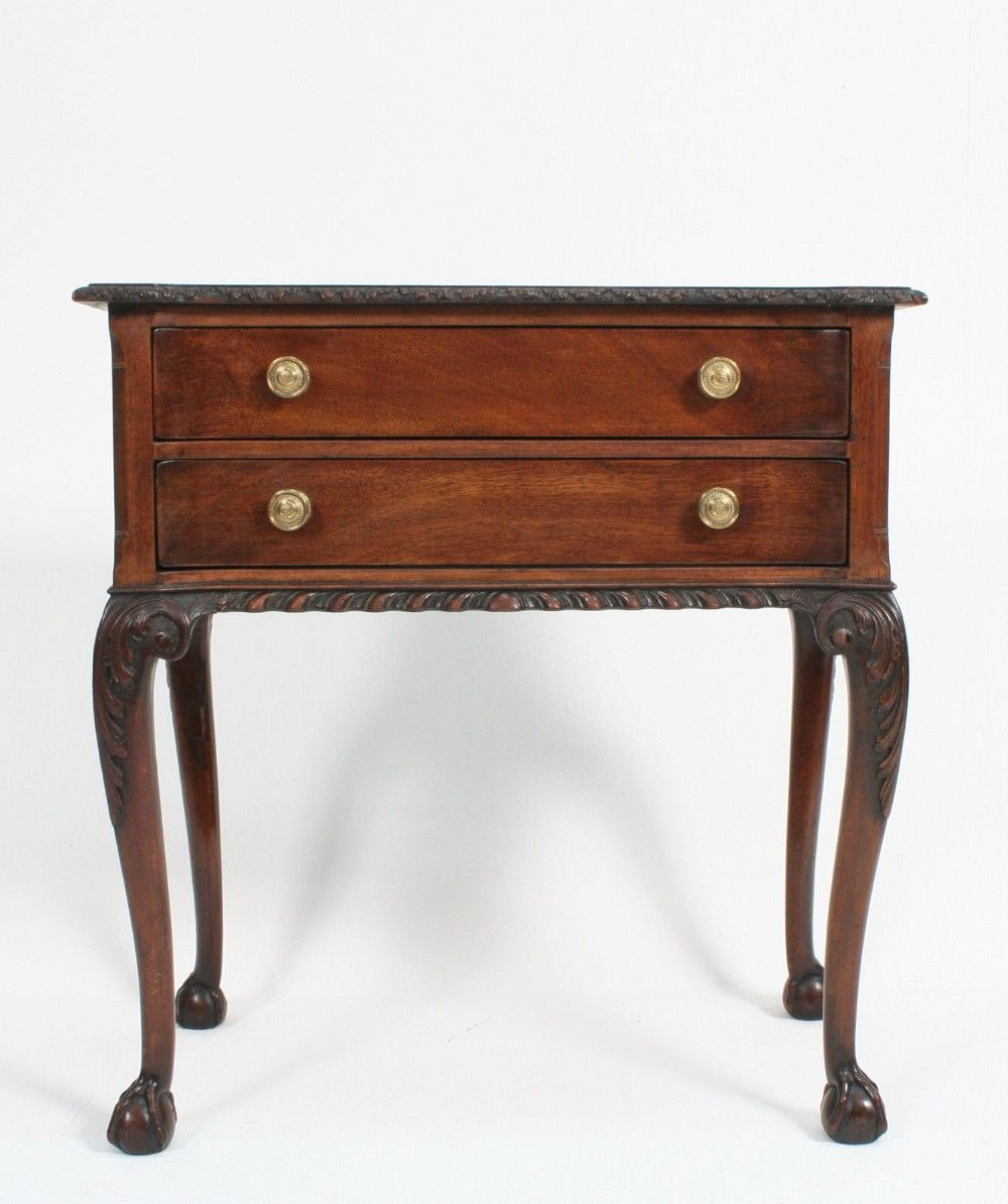 Stunning C20th Antique Chippendale Revival Mahogany Side Low Hall Server Table