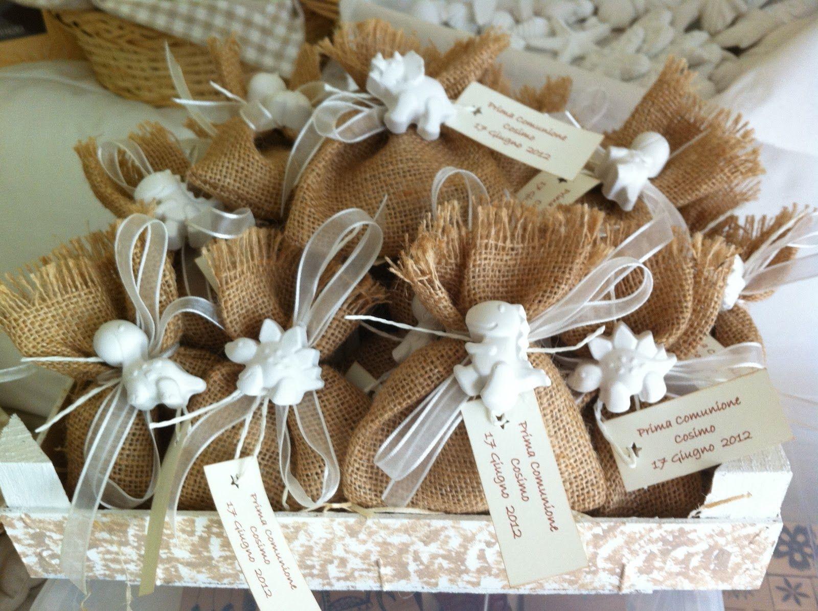 sacchetti juta e gessetti bomboniere bomboniere pinterest favors christening and confetti. Black Bedroom Furniture Sets. Home Design Ideas
