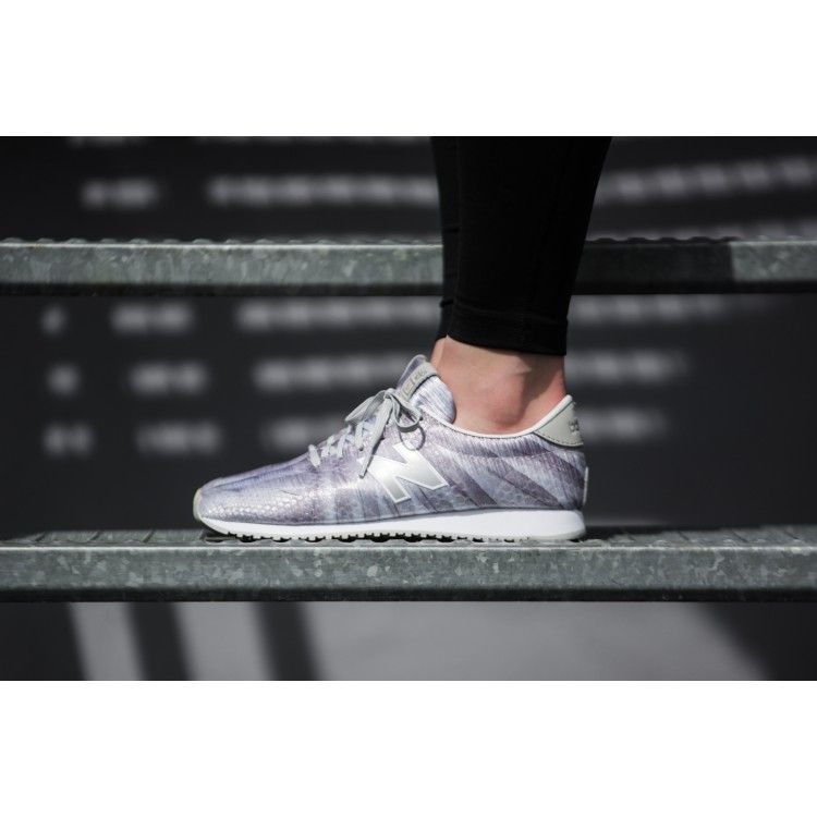 Creat in our design studio, the women\u0027s New Balance WL 420 DMI  re-engineered is printed perfectio. Each pair features clear overlays in  coordinating ...