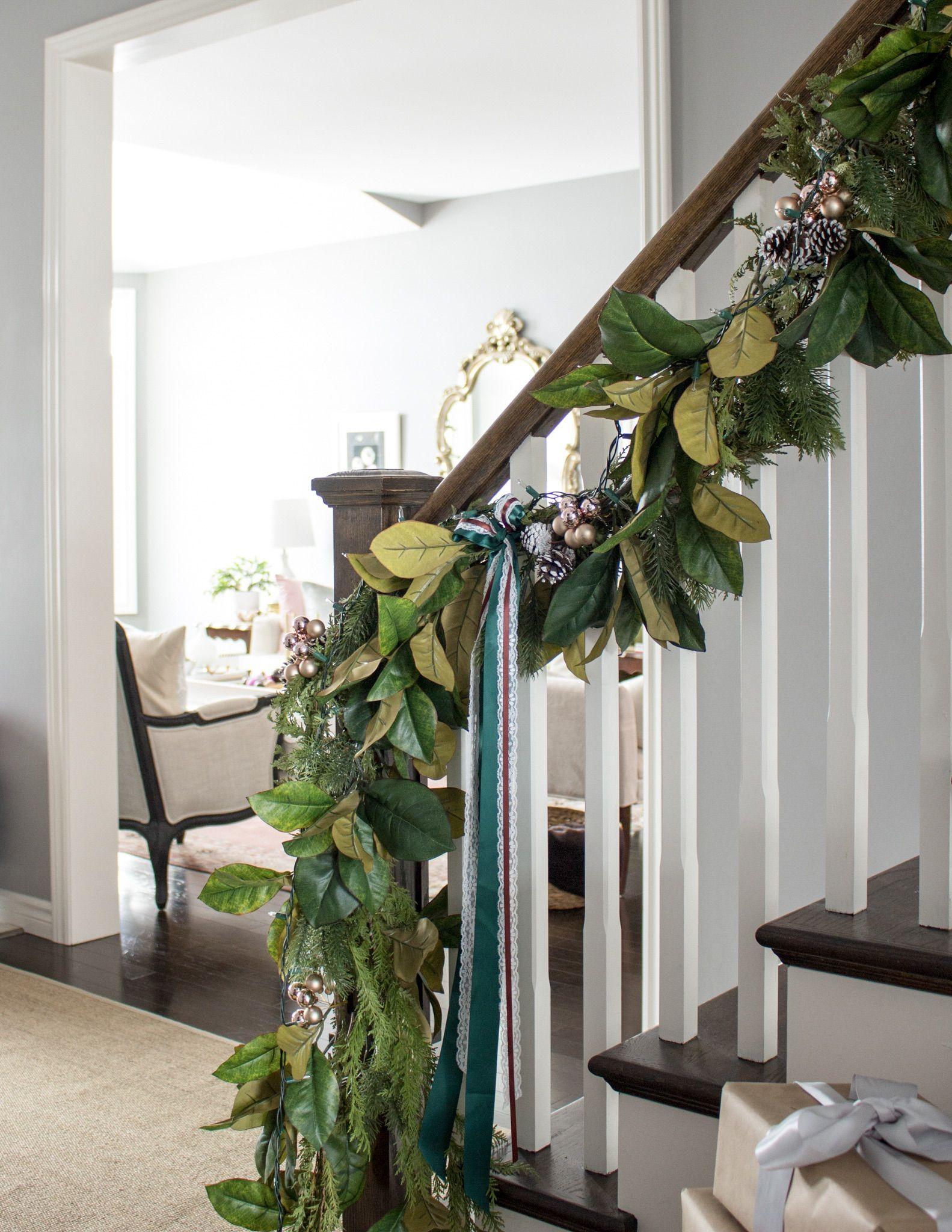 Magnolia garland Magnolia garland, Christmas interiors