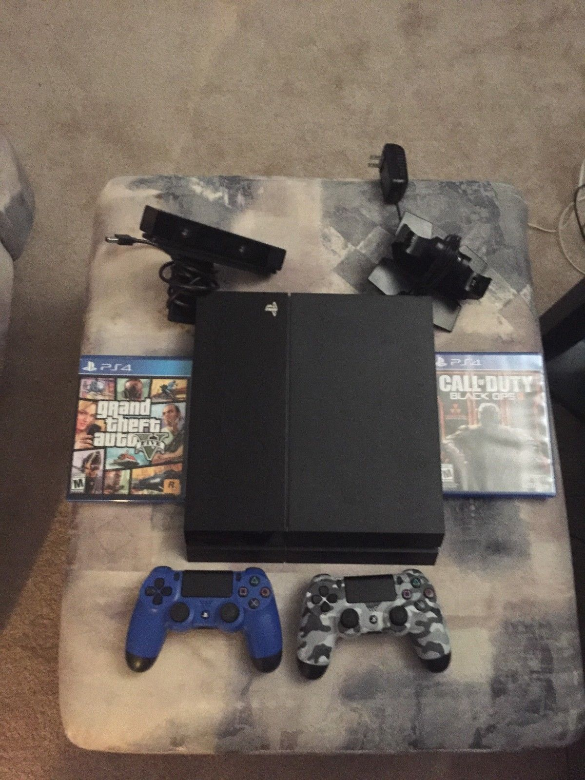Playstation 4 500gb With 2 Controllers Gta5 Bo3 Ps Camera Sony Ps4 Kamera Charging Dock