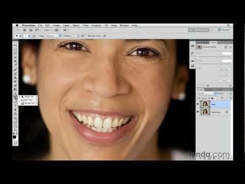 How To Whiten Teeth With Photoshop Cs5 S Dodge Sponge Tools