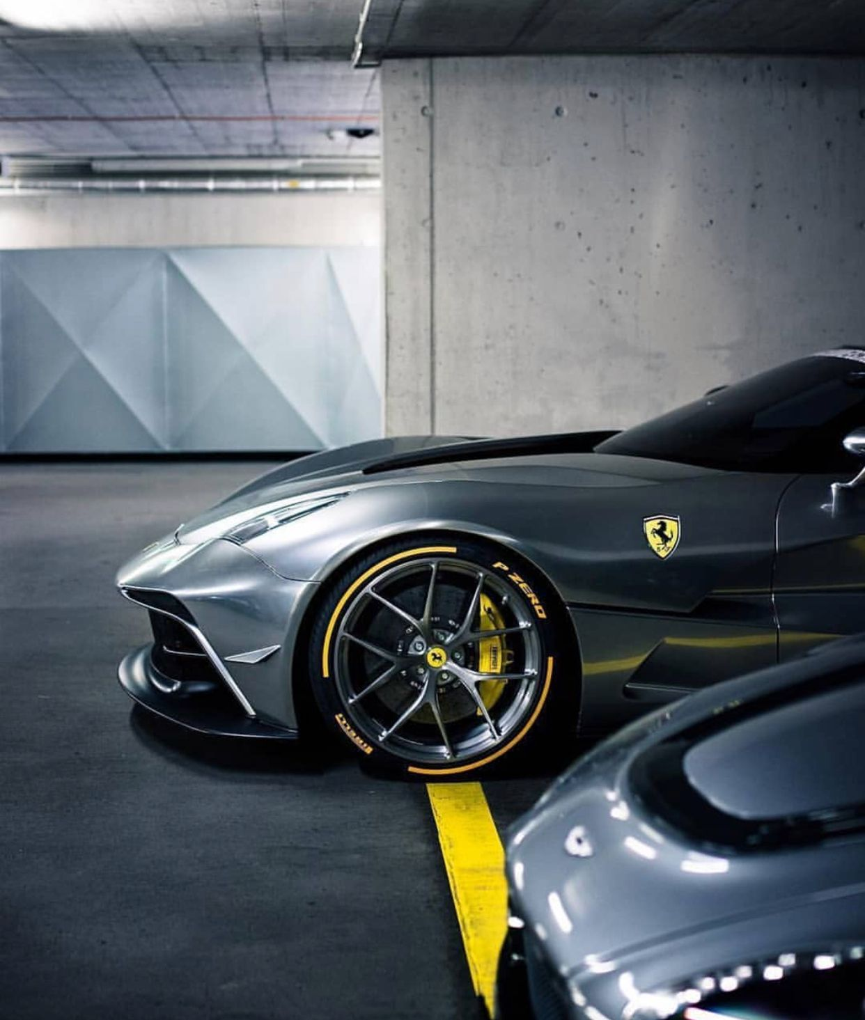 Ferrari 812 Superfast Super Cars Fast Sports Cars Luxury Cars