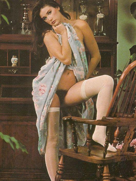 Arabian hairy nude girl