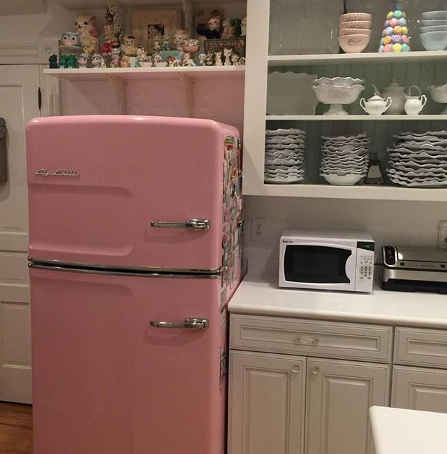 A 1910 kitchen remodel: Where retro vintage meets French Patisserie