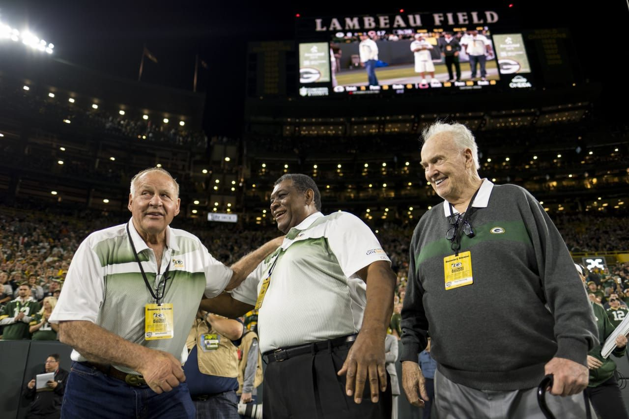 Jerry Kramer Dave Robinson And Paul Hornung As The Packers Honored Alumni At The 2018 Home Opener Green Bay Packers Fans Packers Alumni