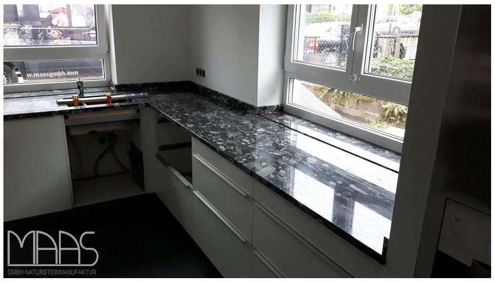 Unsere Kunden wählten diesen zauberhaften Granit für Ihre Küche als ...
