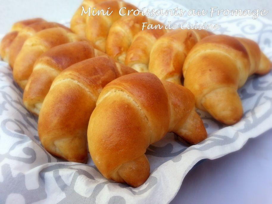 Mini croissants au fromage (pâte magique)