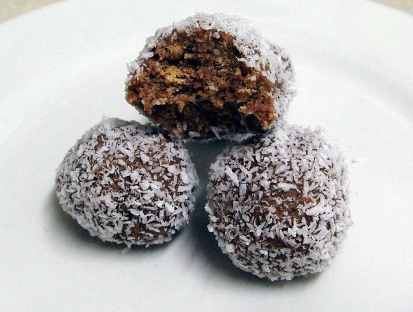recipe: how to make rum balls with cake [6]