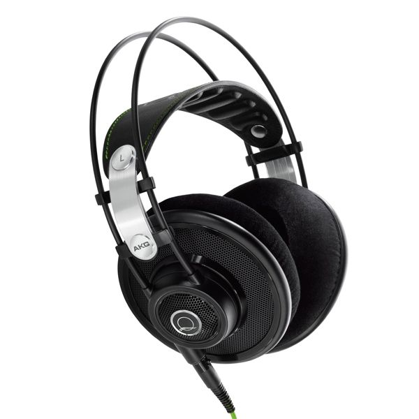 Akg Q701 Sublimely Open Detailed Airy And Uncontained Stunning