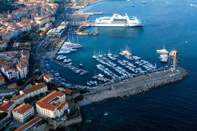Port ajaccio tino rossi loisirs office ajaccio accueil office de tourisme d 39 ajaccio - Ajaccio office de tourisme ...