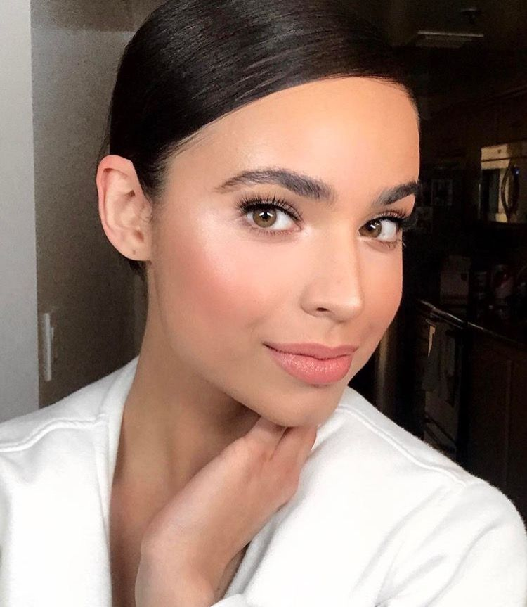 Whitney Carson Wedding Hair Style: Pin By Gabriel Vaughan On The Beauty Trade In 2019