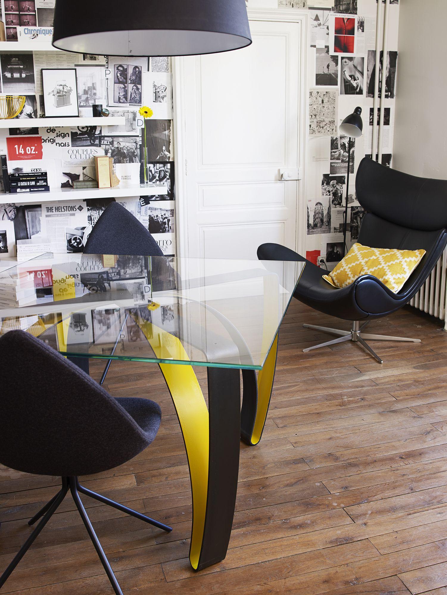 Table haute par CocoSteel CocoSteel et VERSUS Design un