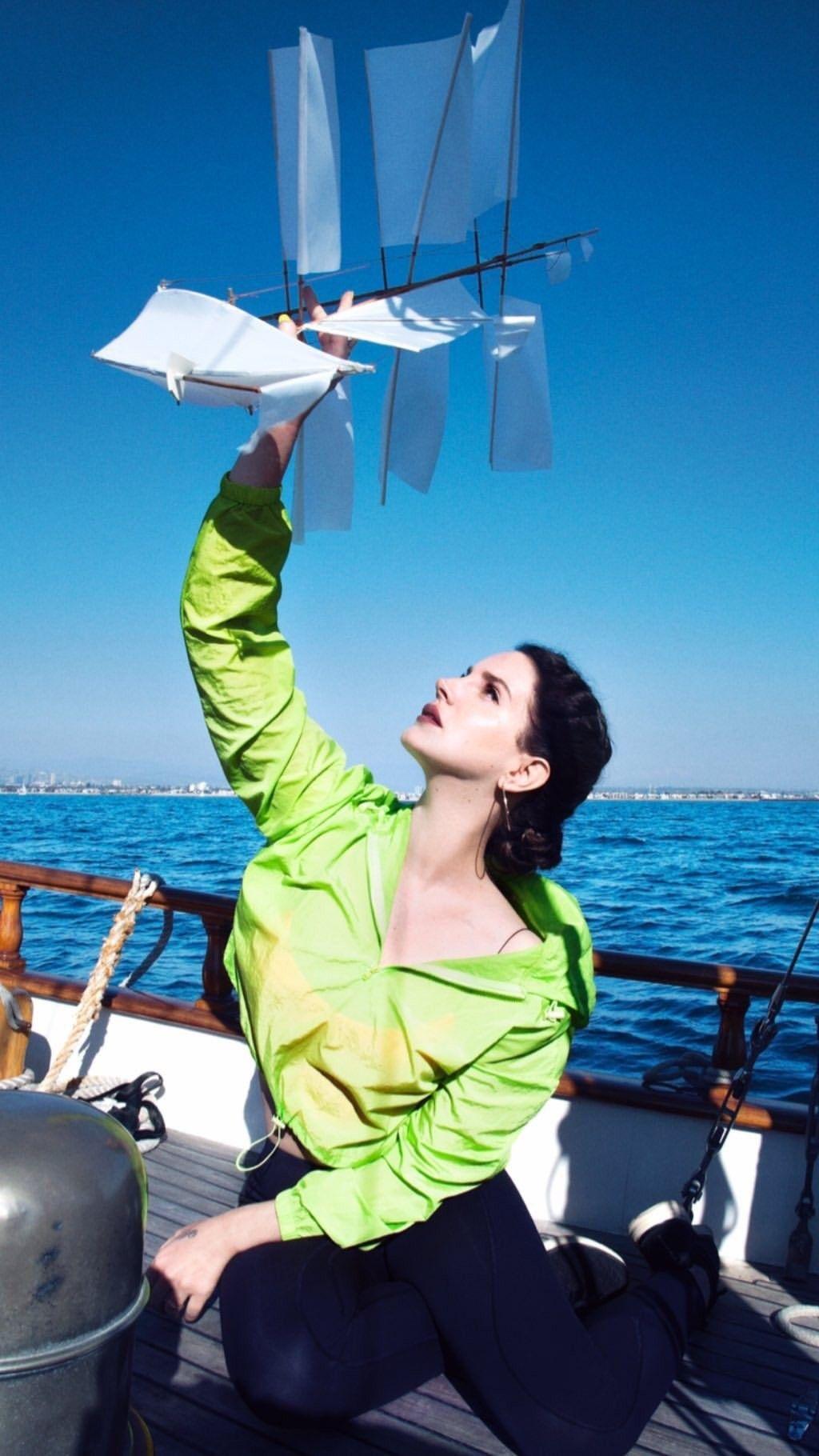 Pin De Violet Bent Backwards En Lana Del Rey Lana Del Rey Lana De Rey Fondos Rey
