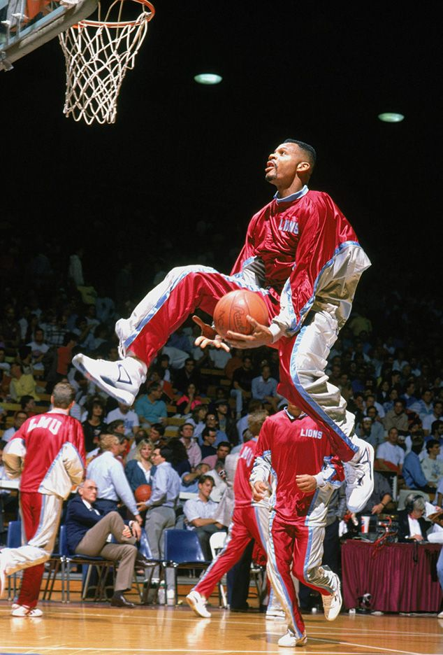 March 4, 1990 - Hank Gathers of Loyola Marymount University, one of the leading scorers in ...