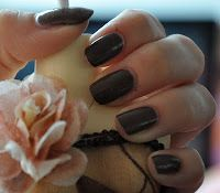 OPI- Wooden Show Like To Know  http://favoritenails.blogspot.de/2013/06/wooden-shoe-like-to-know.html