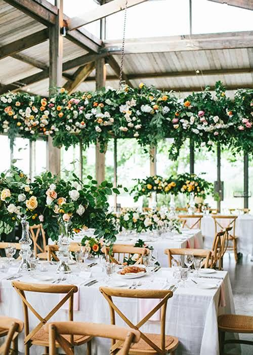 Here is your guide to the average cost of wedding flowers flowers how to make your wedding flowers look expensive when theyre really not junglespirit Images