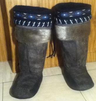 Inuit made boy's sealskin kamiks via Philip Kalluk SOLD for $325