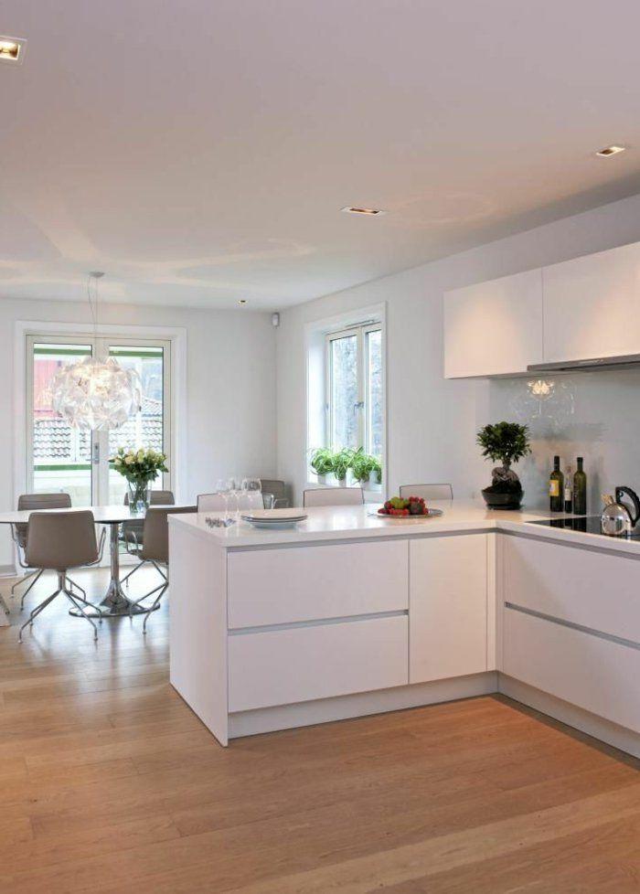 Une jolie cuisine laqu e blanche avec sol en parquet clair cuisine contemporaine cuisine - Cuisine americaine blanche ...