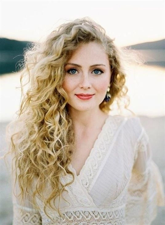 Photo of 50 unique long curly hairstyle ideas
