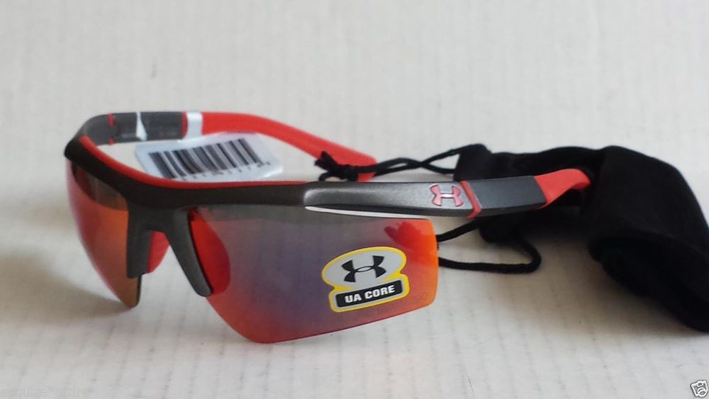Under Armour Men Sport Sunglasses CORE new with tags and dust bag NWT