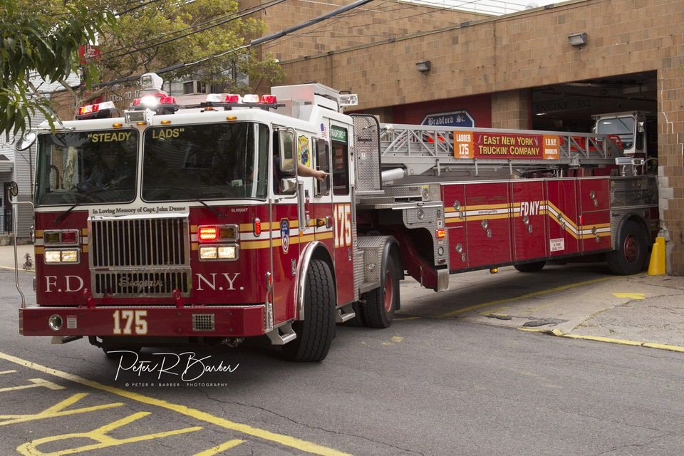 Fdny tiller truck 175 39 east new york truckin 39 co for Department of motor vehicles brooklyn ny