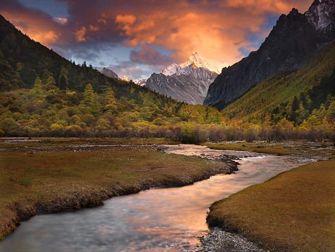 The Mystic Waters of Shangri La  Yading Nationa Park, Sichuan/Tibet borderlands  The secret valley of Shangri La, an unknown mountain paradise hidden in the vast borderlands of Tibet. Photo by Michael Anderson