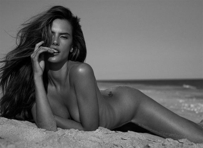 Nude women from victorias secret