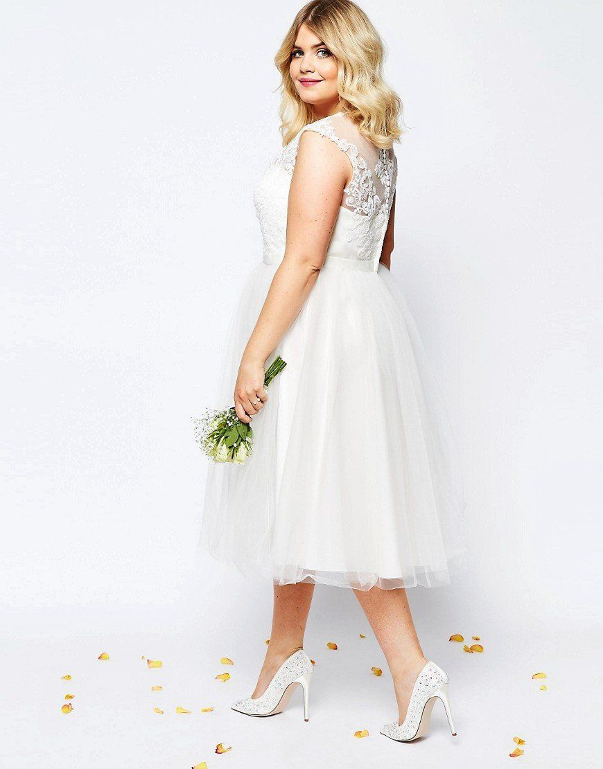 lovely and affordable wedding dresses for ladies with curves