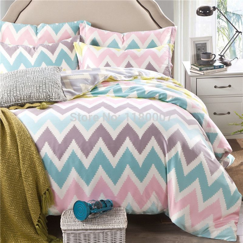 Pink White Blue Chevron Zigzag Duvet Cover Set 4 Pieces 40s Tencel Silk Super Soft Bedding