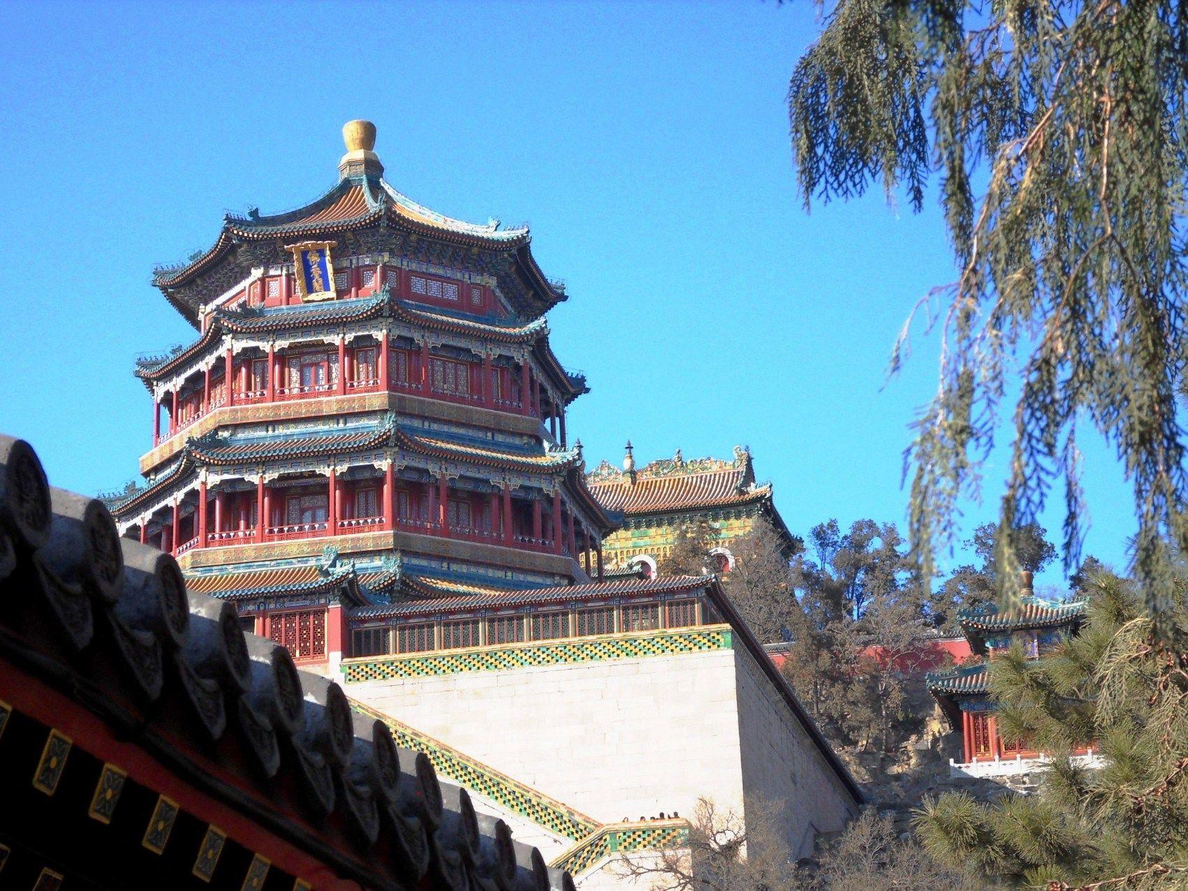 High Profile Dignitaries Phoenix Palace Rises A Unique