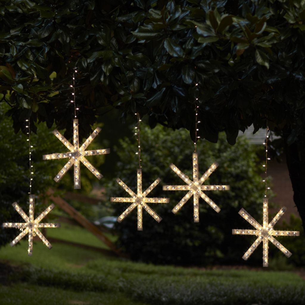 DIY Lighted Snowflake Crafts Outdoor snowflake lights