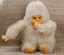 Mono chupa dedo de la década de los 80.
