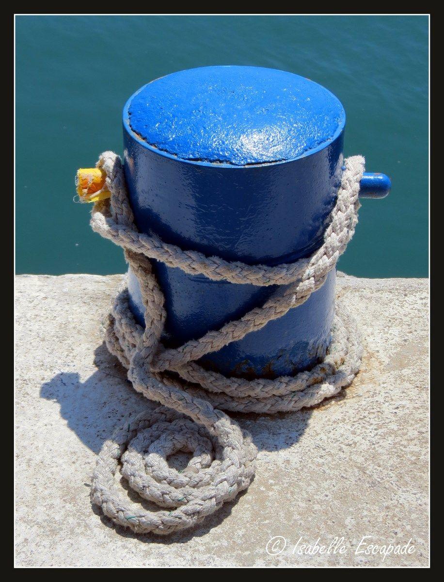 Sur le Vieux port...  http://mistoulinetmistouline.eklablog.com/