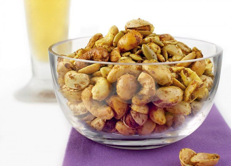 KitchenAid Blender recipe - Gourmet roasted and spiced beer nuts
