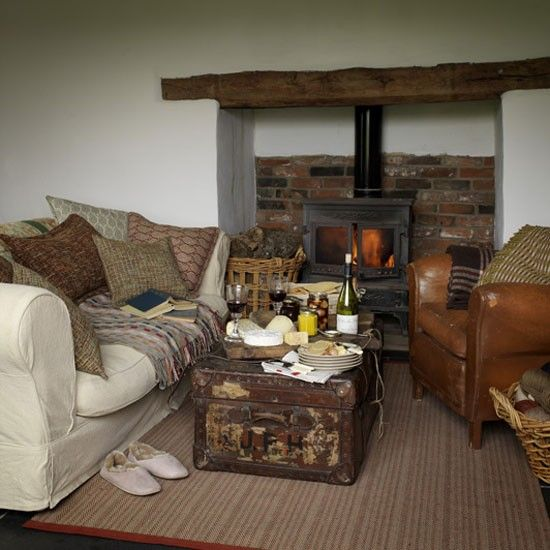 Comfortable country living room | Country living rooms, Living rooms ...