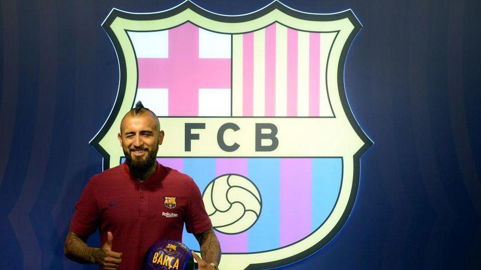 0c5e33bdeb Arturo Vidal será presentado este lunes como nuevo jugador del Barcelona.  El chileno