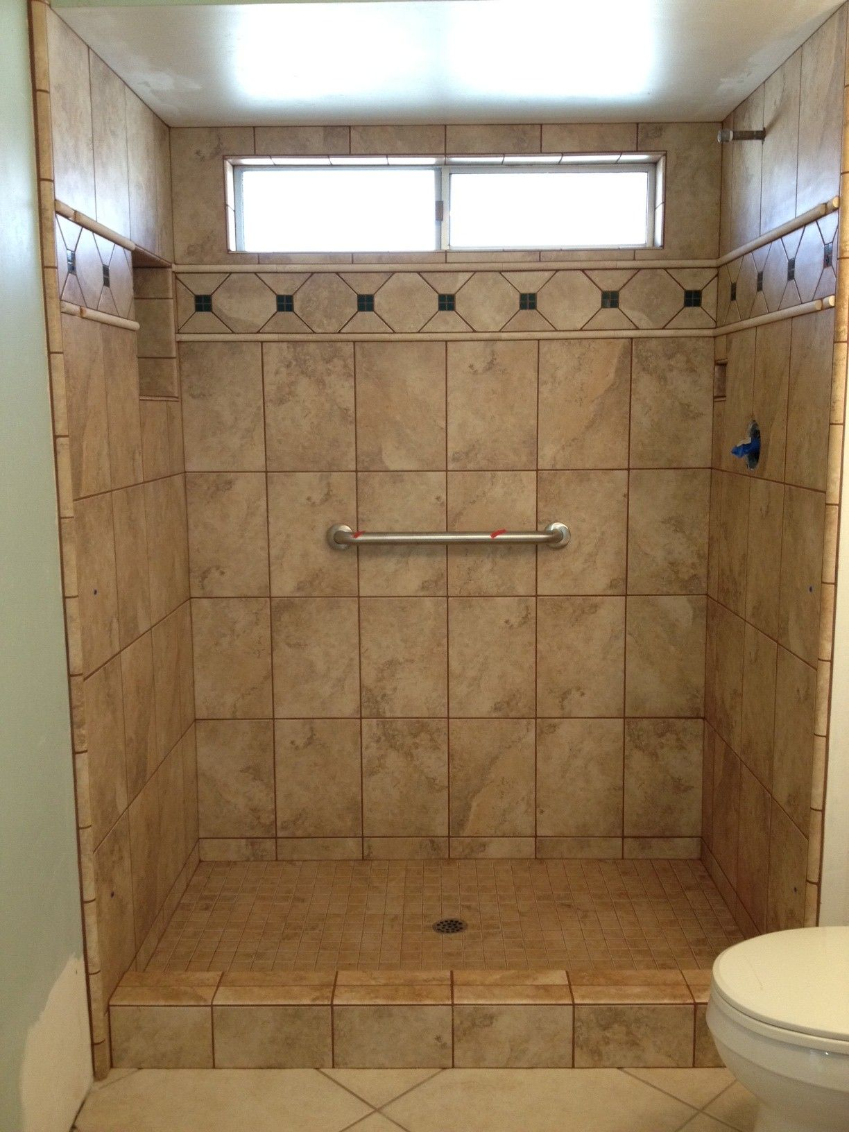Photos of tiled shower stalls photos gallery custom for Small bathroom natural